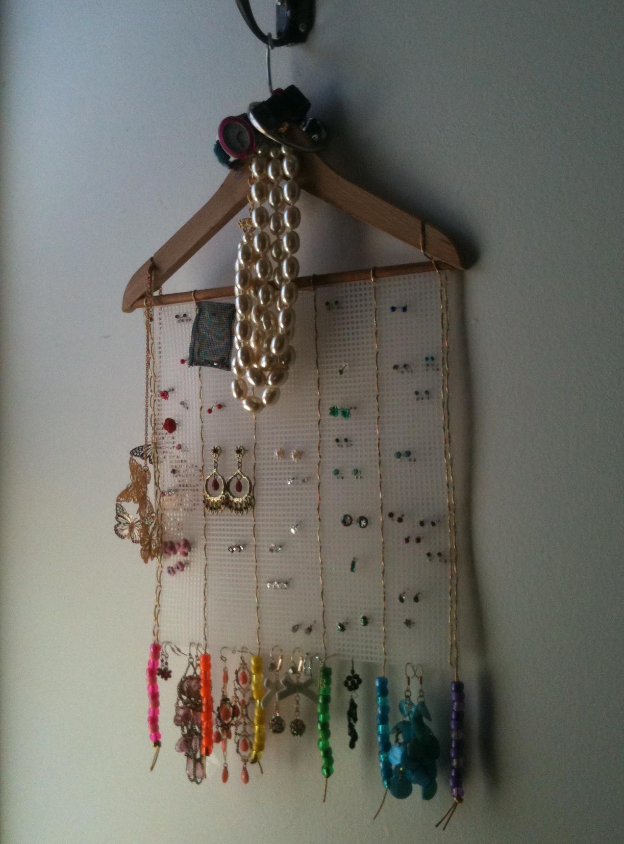 Earring Hanger